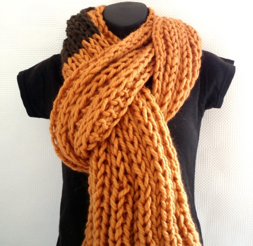 Ginger and Brown ribbed scarf